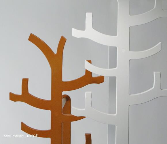 木のハンガーラック