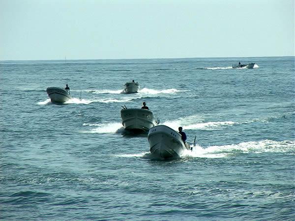 昆布漁の船