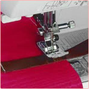 パワフル&自動糸調子<br>パワフルな貫通力でデニムや皮革もラクラク。しかも面倒な糸調子あわせもミシンにお任せ。