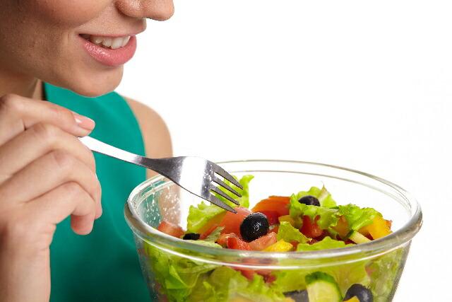 生野菜・サラダを安全においしくいただきましょう。