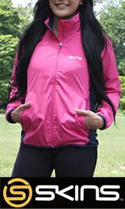 PUMAのトレーニングジャケット