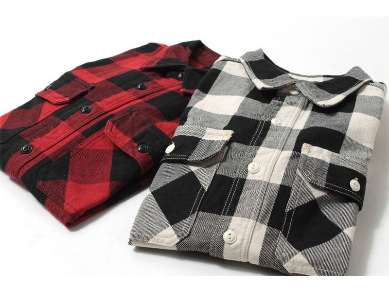 バッファローチェックのシャツ