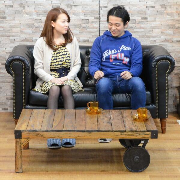 使いやすいサイズのソファ