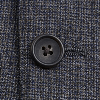 J.プレス メンズ 秋冬スーツ のボタン