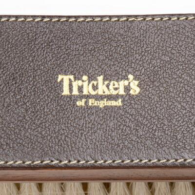 トリッカーズ 純正シューケアブラシのブランド