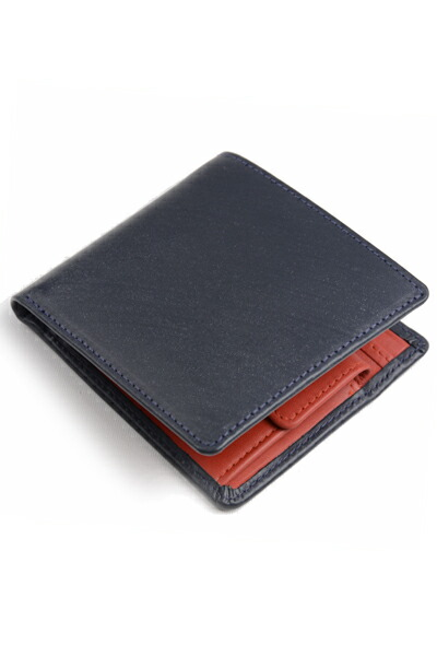 ホワイトハウスコックス S7532 二つ折り財布ダービーコレクションのフォルム