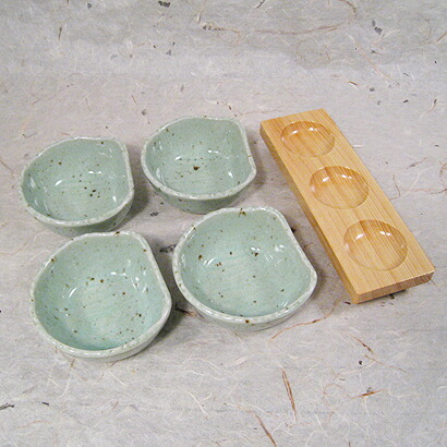 plate for compounding and each small dish