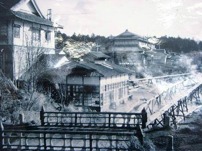 昭和30年代の川湯温泉は、北海道でも有数の温泉街として賑わいと活気に溢れていた。