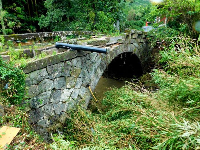 令和2年7月豪雨で被災した「赤松第一号眼鏡橋」