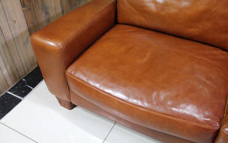 ACME Furniture(アクメ・ファニチャー)FRESNO LEATHER SOFA(フレズノ レザーソファ)3シーター
