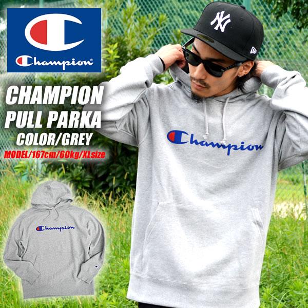 Championのメンズのファッションのパーカー