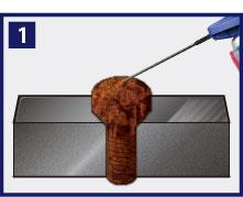 錆びたボルト・ナットにスプレーします。