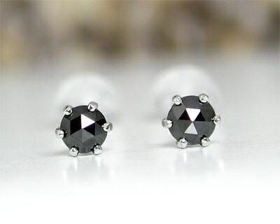 K14WG・ブラックダイヤモンド・スタッドピアス