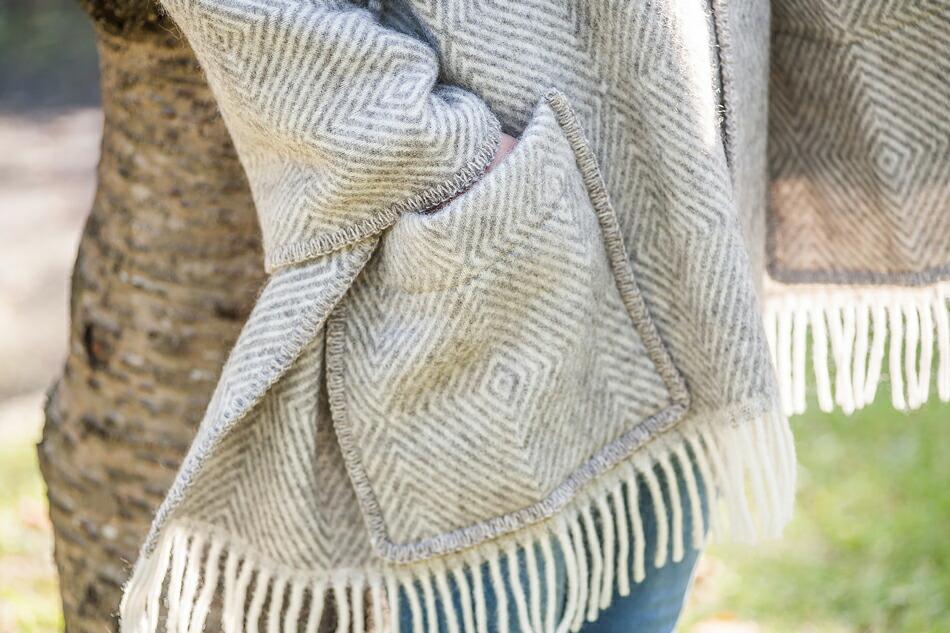 マリア ポケットショール(ラプアンカンクリ) MARIA pocket shawl(LAPUAN KANKURIT)