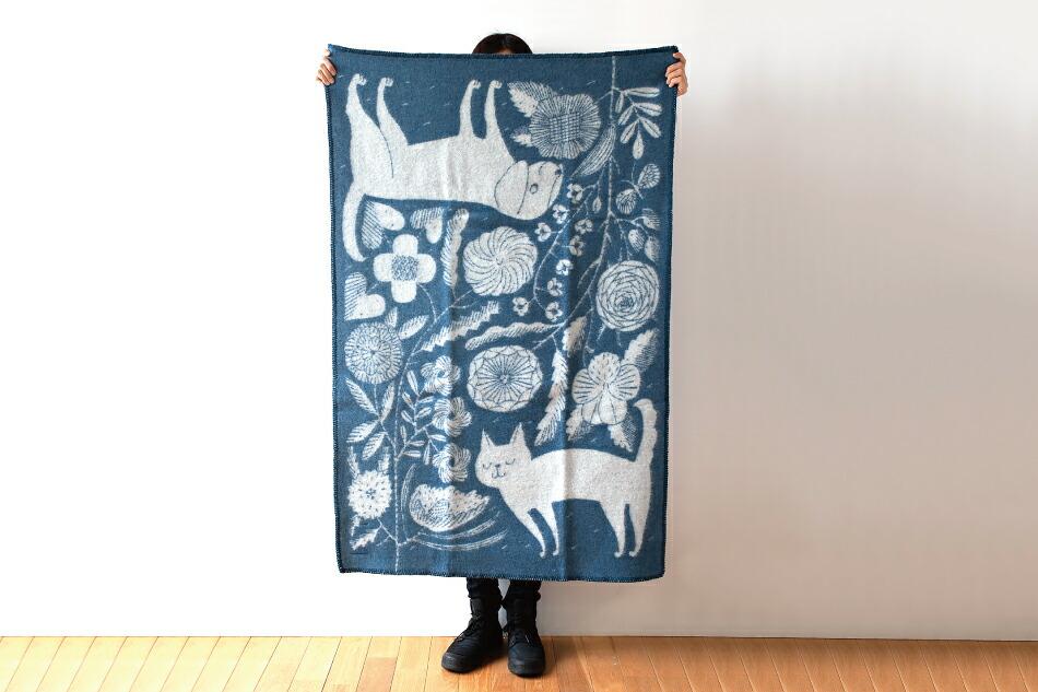 ウールブランケット 90×130cm コイラ・ヤ・キッサ/ヴィリクッカ(ラプアンカンクリ) Wool blanket KOIRA JA KISSA/VILLIKUKKA(LAPUAN KANKURIT)