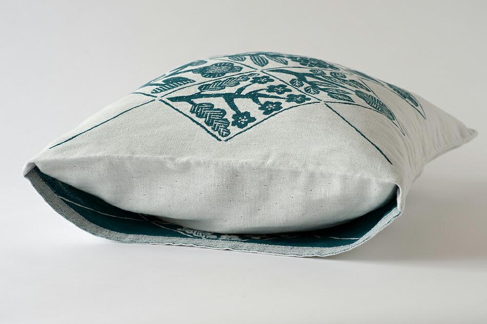クカット クッションカバー 45×45cm(ラプアン カンクリ) KUKAT Cushion Cover(LAPUAN KANKURIT)