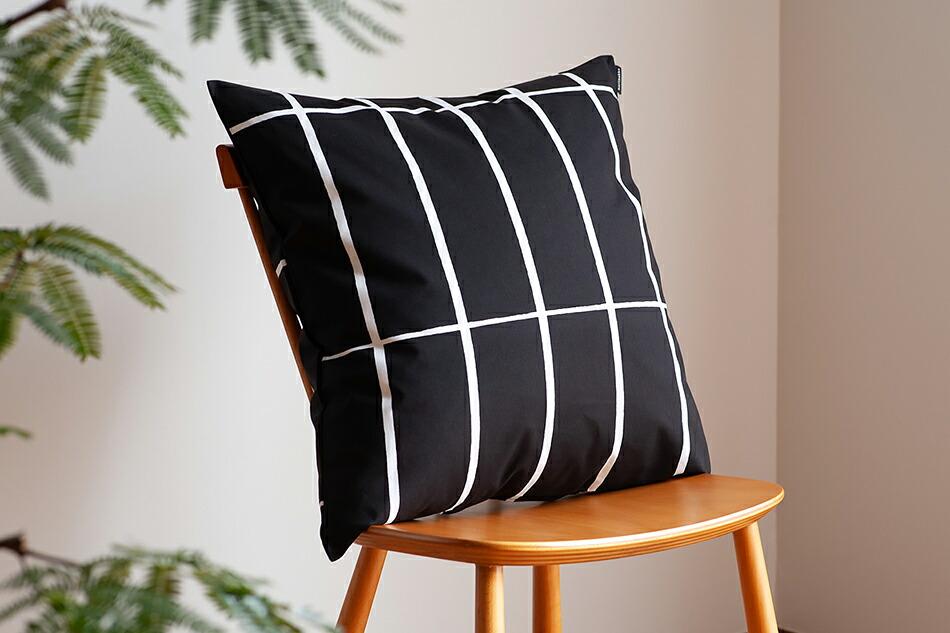 クッションカバー(マリメッコ)Cushion Cover(marimekko)ティイリスキヴィ ブラック
