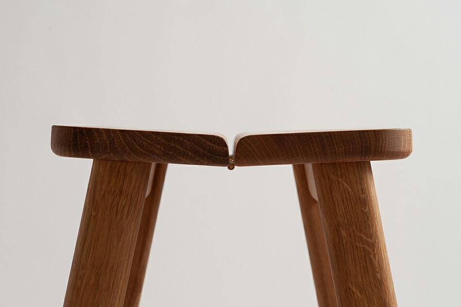 アングルスツール オーク(フォームアンドリファイン) Angle Stool(FORM&REFINE)