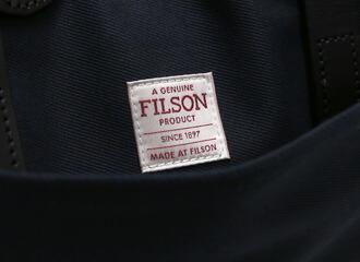 ポケット内側のタグ