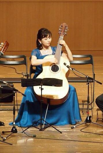 横川雅子様ドレス写真(クリックで拡大)