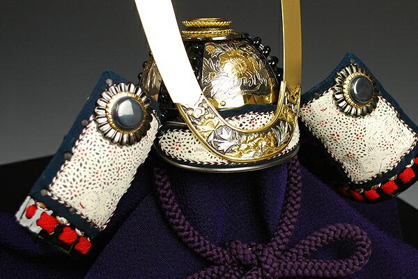 三分の一 彫金牡丹之御甲冑 加藤一冑謹製