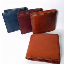 財布をお探しの方はこちらからどうぞ