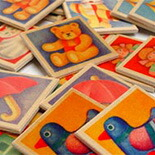 木製カードゲーム