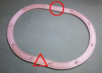 micki汽車レールセット 丸と三角で直線レールの長さが異なる