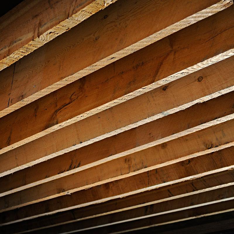 使用例、天井のルーバー。