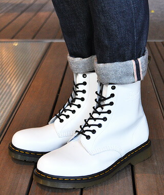 6beeb2c2577 gettry  Dr.Martens 8EYE BOOT  1460 WHITE SMOOTH