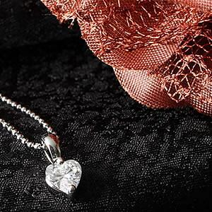Czダイヤモンドジュエリーハートシェイプネックレス|プレゼント|ギフト|Diamond necklace【宅配便】