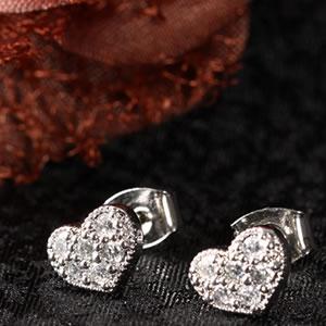 Czダイヤモンドジュエリーハートモチーフパヴェピアス|プレゼント|ギフト|Diamond pierce【宅配便】