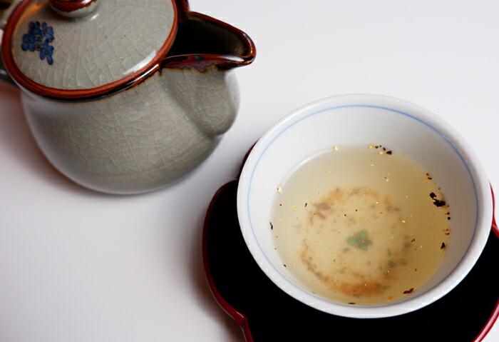 金箔入梅昆布茶