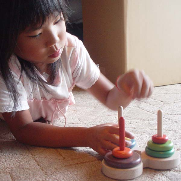 Ginga Kobo Toys: 数学パズル ハノイの塔 (虹のバージョン)木のおもちゃ 型はめ パズル 日本製