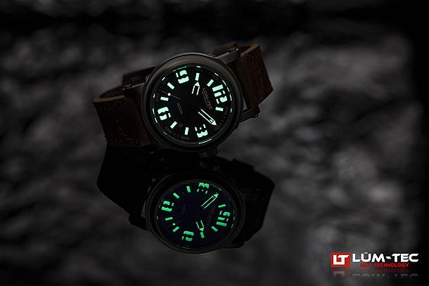 LUM-TEC (ルミテック)Abyss 400M-3 42mm 自動巻き Miyota 9015ムーブメント採用 チタンカーバイドPVD メンズウォッチ 腕時計