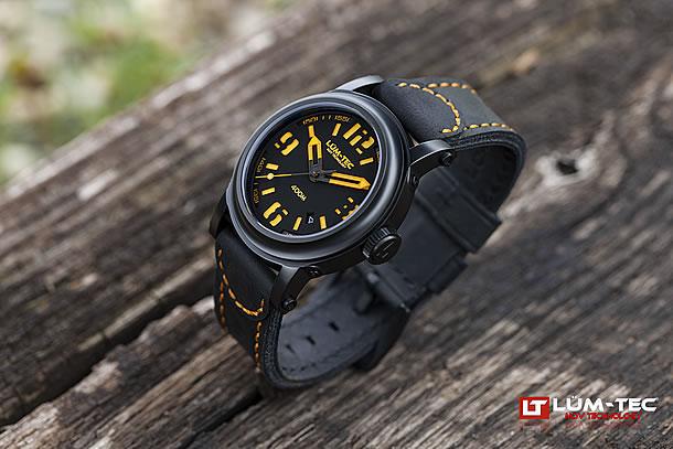 LUM-TEC (ルミテック)Abyss 400M-4 42mm 自動巻き Miyota 9015ムーブメント採用 チタンカーバイドPVD メンズウォッチ 腕時計