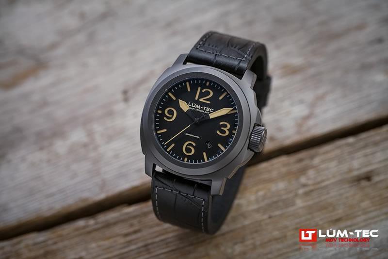 LUM-TEC (ルミテック)M80 チタニウム 44mm 自動巻き スイス製ETA 2824-2ムーブメント採用 メンズウォッチ 腕時計