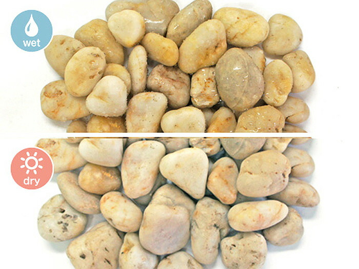 玉砂利,白,磨き玉砂利,白磨き玉砂利1.5cm,乾いた状態