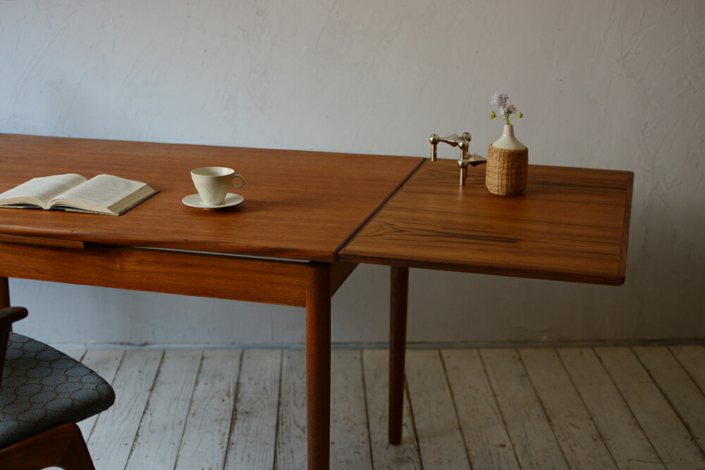 ビンテージ ダイニングテーブル