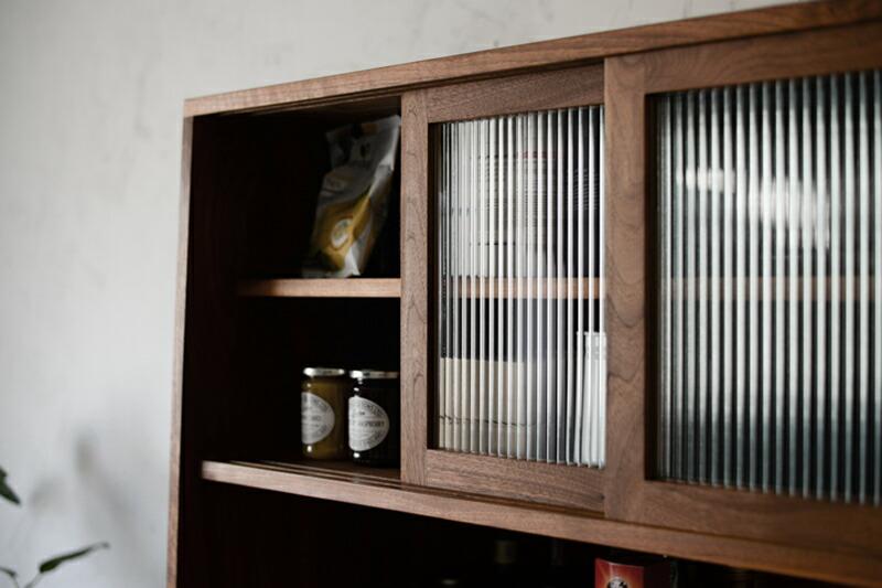 Vintage Side Board 601d137