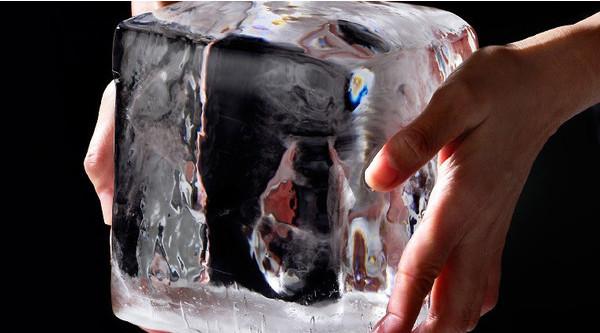 ブロックアイス(氷屋さんの氷)