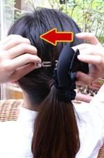 冠婚葬祭のヘアアレンジが簡単にできるリボンバレッタ