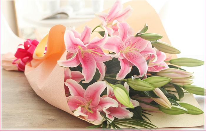 ユリのソルボンヌ花束