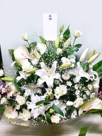 ゆり入りお供え花