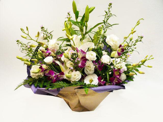 ホワイト、供え花