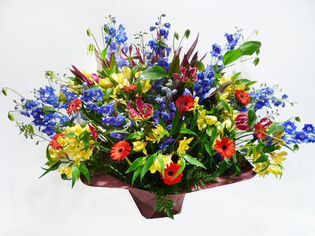 出演祝い アレンジメント花