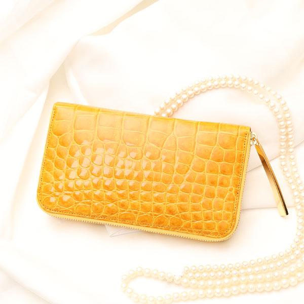 【池田工芸】一生ものの輝き。クロコダイルの美しさを贅沢に味わう、定番ラウンド長財布Luminar(ルミナー)WゴールドパイソンVer.
