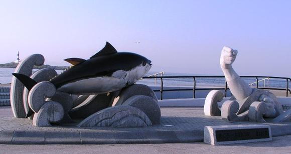本州最北端 大間崎 まぐろ漁モニュメント
