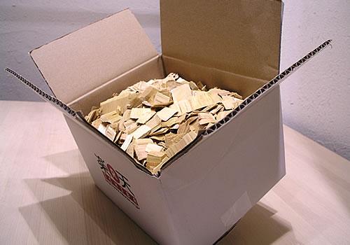 ヒバチップ6,3L:約1kg!箱でお届け