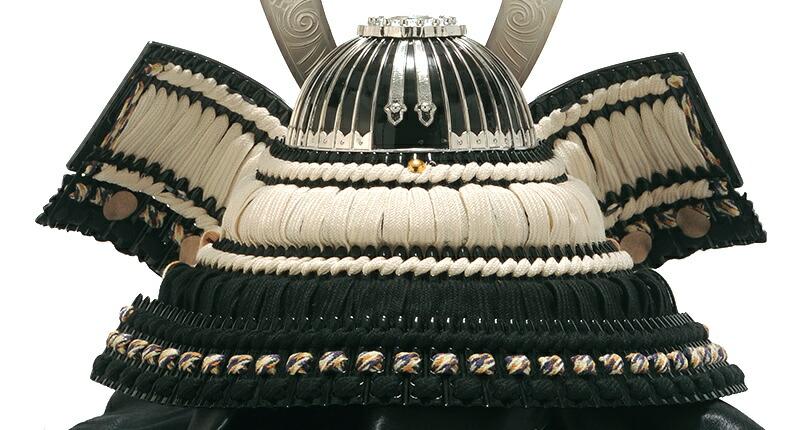 斑鳩の里皇宸 黒龍王 純銀箔押 正絹縅 13号 古代造形兜 剣付之筋鉢漆黒風